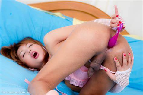 Yummy Ts Princess Riding Pole