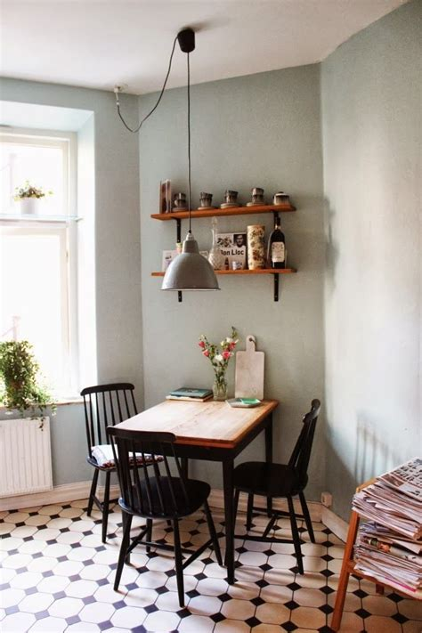 inspiring dining room tables  small spaces