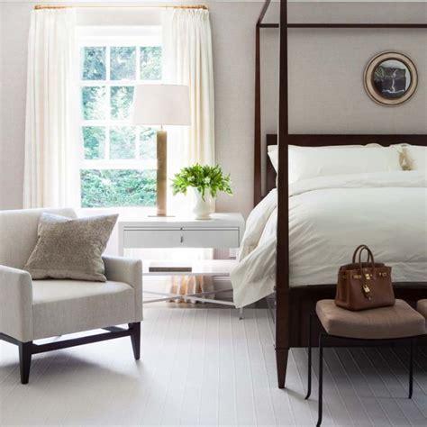 Bedroom Armchair by Armchair For Bedroom Storiestrending