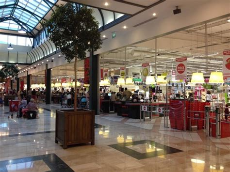 val d europe shopping center marne la vallee zdjęcie supermarket on the b1 floor