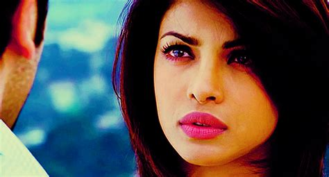 Priyanka Chopra Bollywood Photo 32977594 Fanpop