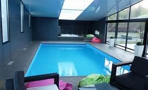 piscine interieure maison prix chambres d 39 h tes et g With piscine interieure maison prix