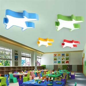 Blickdichte Vorhänge Kinderzimmer : led deckenleuchte modern flugzeug design im kinderzimmer ~ Whattoseeinmadrid.com Haus und Dekorationen