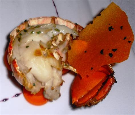 boiling lobster tails boiled rock lobster tails bigoven 170647