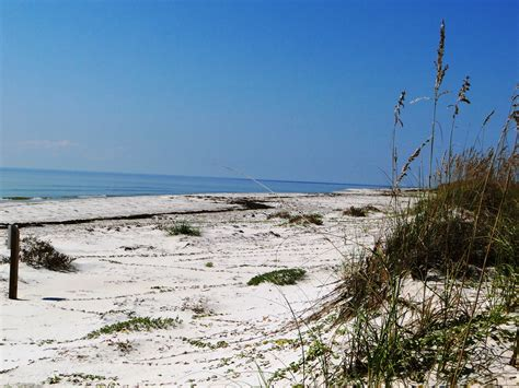 Top 3 Best Secluded Beaches in Florida