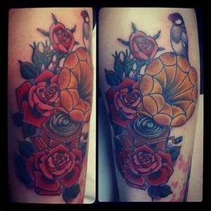 Old School Flower Gramophone Tattoo by Bonic Cadaver