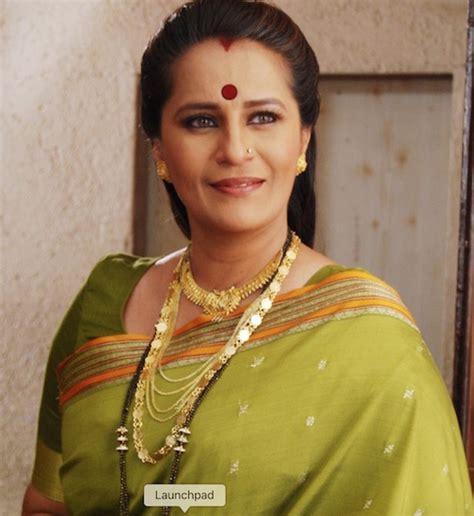 jaane kahan mera jigar actress sumukhi pendse wiki hot age husband biography marathi tv