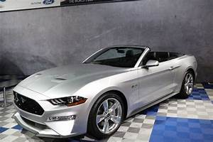 2018 Mustang Gt : first impression 2018 mustang gt convertible at barrett jackson ~ Maxctalentgroup.com Avis de Voitures