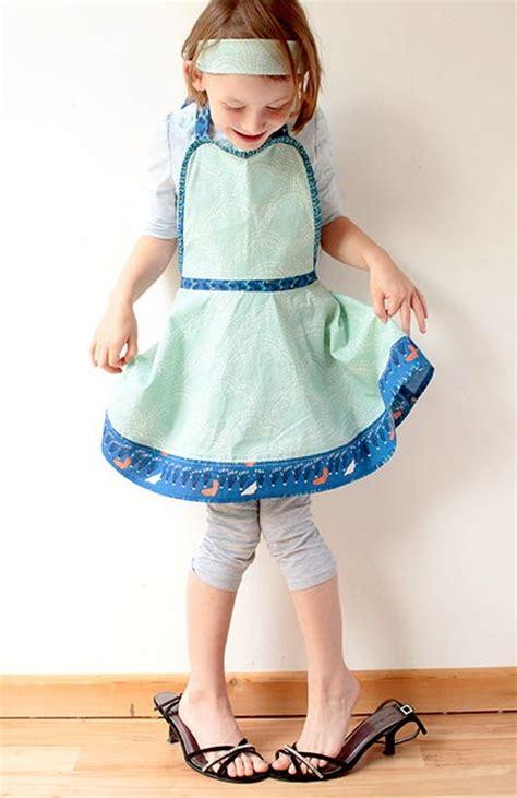 kids retro apron pattern allfreesewingcom