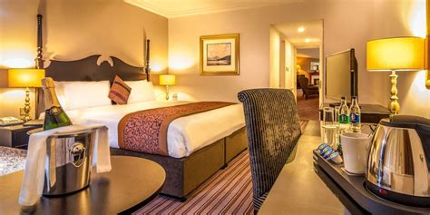 luxury suites  star hotel  dublin city ballsbridge