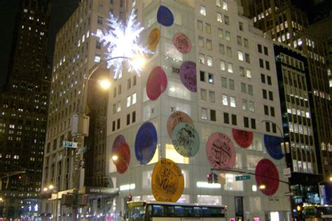 Star Light, Star Bright, See Fifth Avenue's Giant