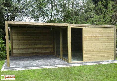 abris cuisine cing abri de jardin bois baie vitrée auvent exterior