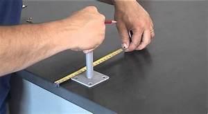 Support De Poteau : fixer un support fixation au sol pour poteau en bois youtube ~ Melissatoandfro.com Idées de Décoration