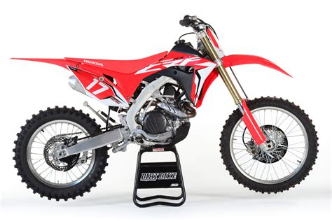 honda motocross bike 2017 off road bike buyer 39 s guide dirt bike magazine