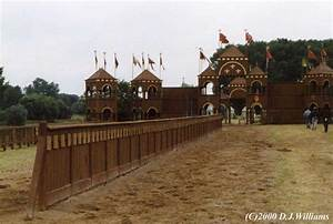 Image Gallery jousting arena