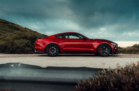 shelby gt revealed  fastest road  ford