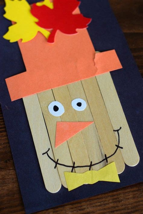 thanksgiving day activities  kids scarecrow crafts