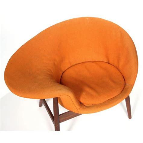 """Hans Olsen """"Fried Egg"""" Chair (Lot 181 The Fall"""