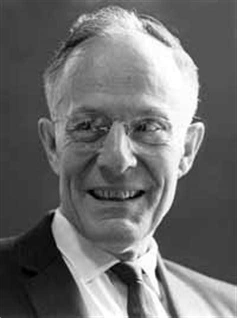 Theodore Schultz - Wikipedia