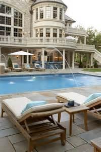 Custom Homes with Swimming Pool