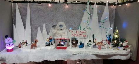 island of misfit toys yard decorations 1000 images about rudolph the nosed reindeer on rudolph the rudolph