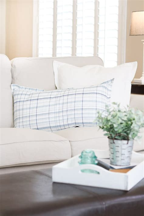 Best Slipcovered Sofa by Best Slipcovered Sofas From Pottery Barn Slipcovers To