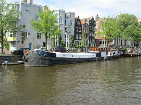 House Boat Rental Amsterdam by Amsterdam Apartment Houseboat Mercurius Houseboats