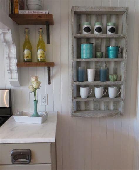 armoire cuisine pas cher charming etagere bouteille de vin 9 etagere palette