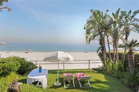 Holiday Beach Bungalow Clifton  Rent Beach Houses Clifton