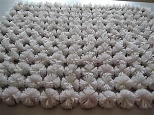 Faire Un Pompon Avec De La Laine : laine pompon ~ Zukunftsfamilie.com Idées de Décoration