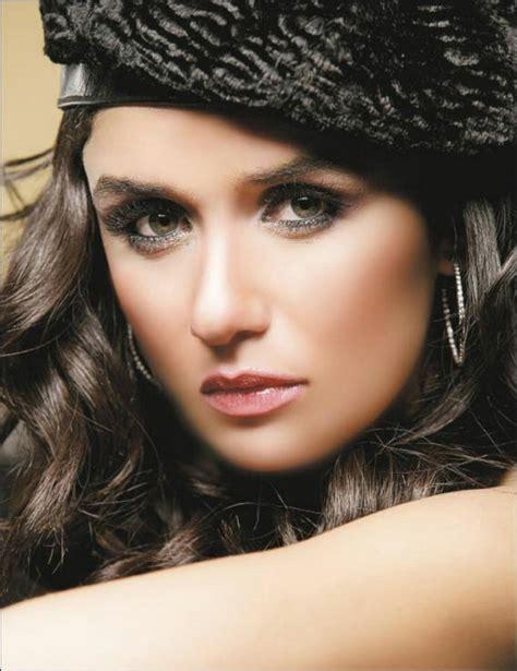 Top 30 Best Most Beautiful Attractive Arabic Girls