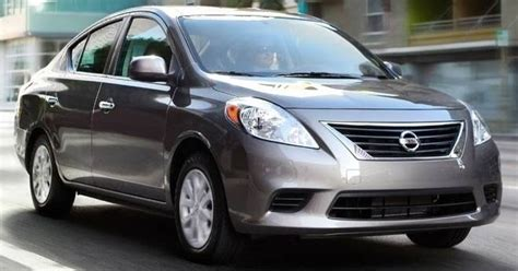 Best Cars With 30 Mpg best new cars of 2013 13 000 with 30 mpg