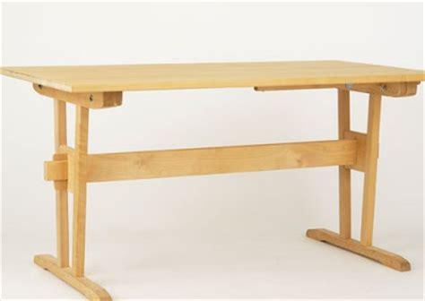 vitlaserat bord   story bord  matsalsbord