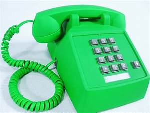 93 best St. Patrick's Day Telephones images on Pinterest ...