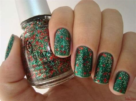 15+ Red, Green, Gold Christmas Nail Art Designs, Ideas
