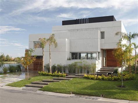 Latest Minimalist House Facade Design