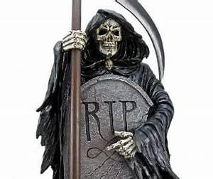 VACANCY Grim Reaper In Cemetery Statue Tombstone