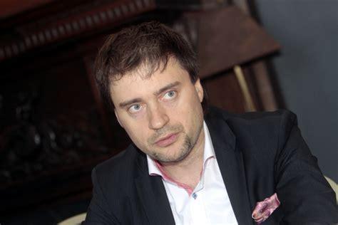Rīgas dome tiesā sniegs prasību par darba attiecību ...