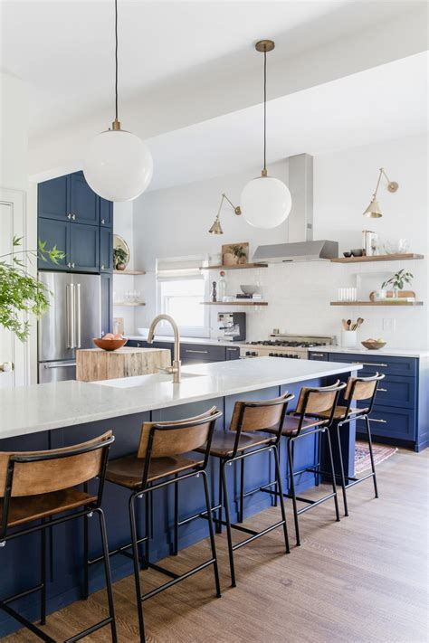 island kitchen stools how to choose the right bar stools for your kitchen island