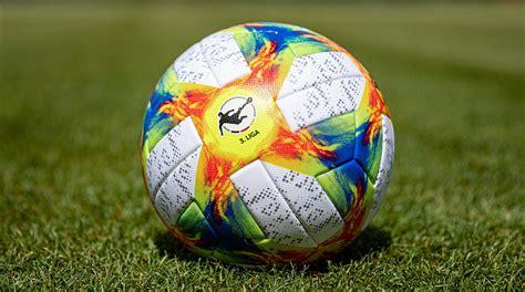 Schauen sie sich in ruhe um und informieren sie sich über die 3. Das ist der neue Spielball der 3. Liga :: DFB - Deutscher Fußball-Bund e.V.