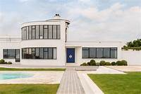 art deco homes Art Deco seaside house Great Gatsby parties 1930s for sale private beach | Homes and Property
