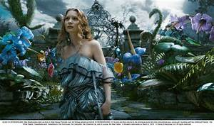 Video for iPods: Alice in Wonderland Movie HD Wallpapers ...