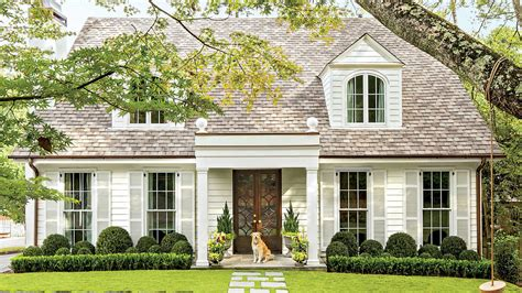 classic colonial cottage charming home exteriors southern living