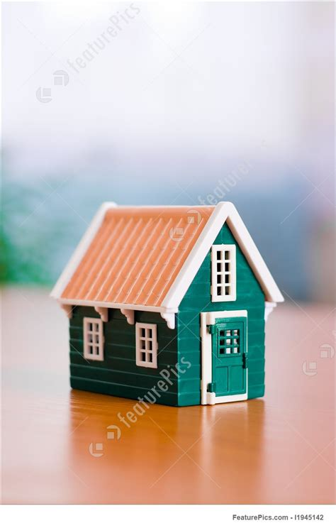 miniature house picture