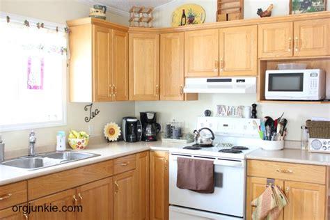 how do i organize my kitchen organizing lazy susans 8433
