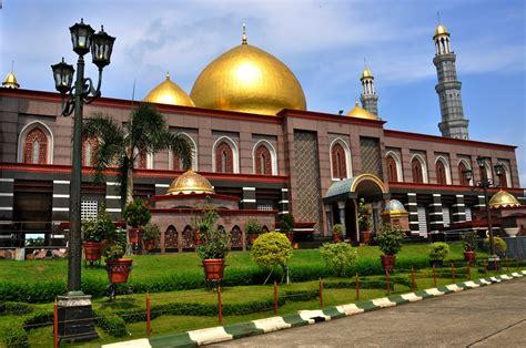 rute  masjid kubah emas dian al mahri indahnya berbagi