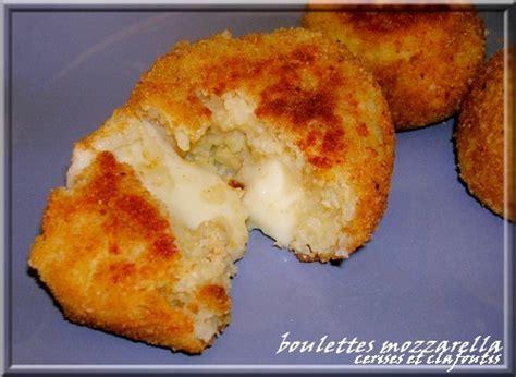 la cuisine italienne recettes boulettes de riz farcies a la mozzarella cerises et