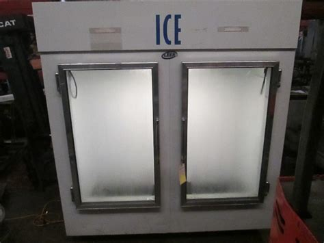 leer reach  glass  door ice merchandiser freezer bag