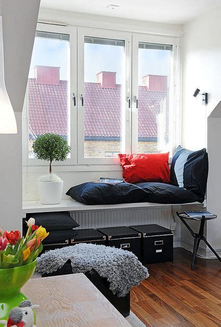 Window Sill Pillow 15 comfy windowsill daybeds and seats shelterness