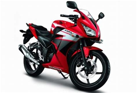 cbr sports bike price 6 affordable sports bikes in pakistan